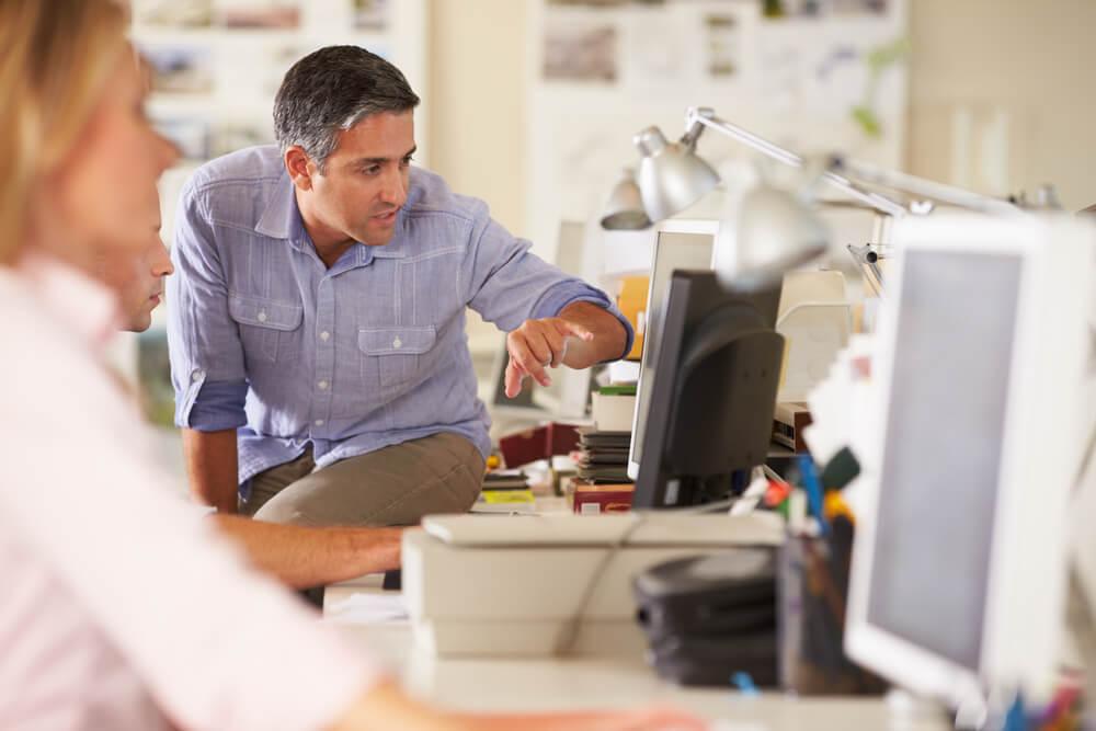 Entenda as vantagens e desvantagens de ter um negócio próprio
