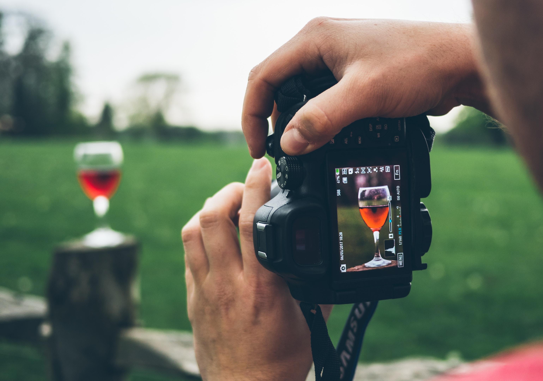 Fotos de produto pelo celular: 5 dicas para tirar as melhores fotos